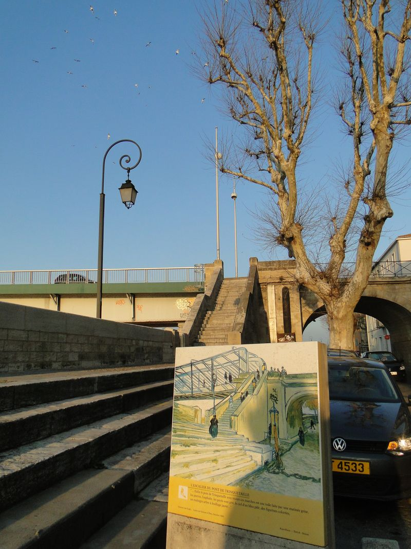 VanGogh Bridge Arles Home