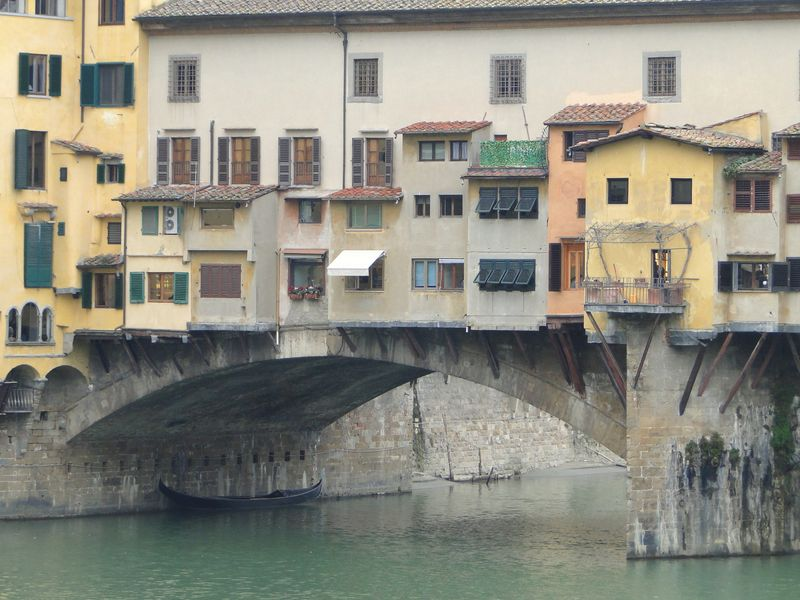 Arno Boat
